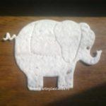 Elefant si maimutica